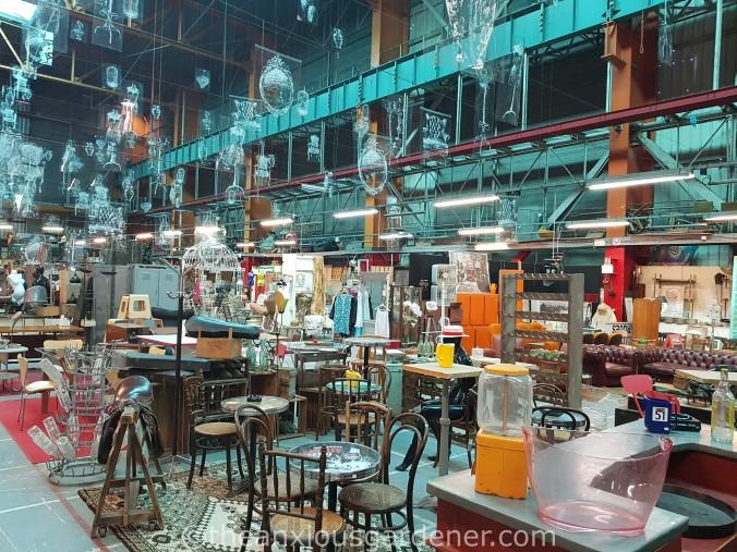 Marché Centre Commercial les Puces